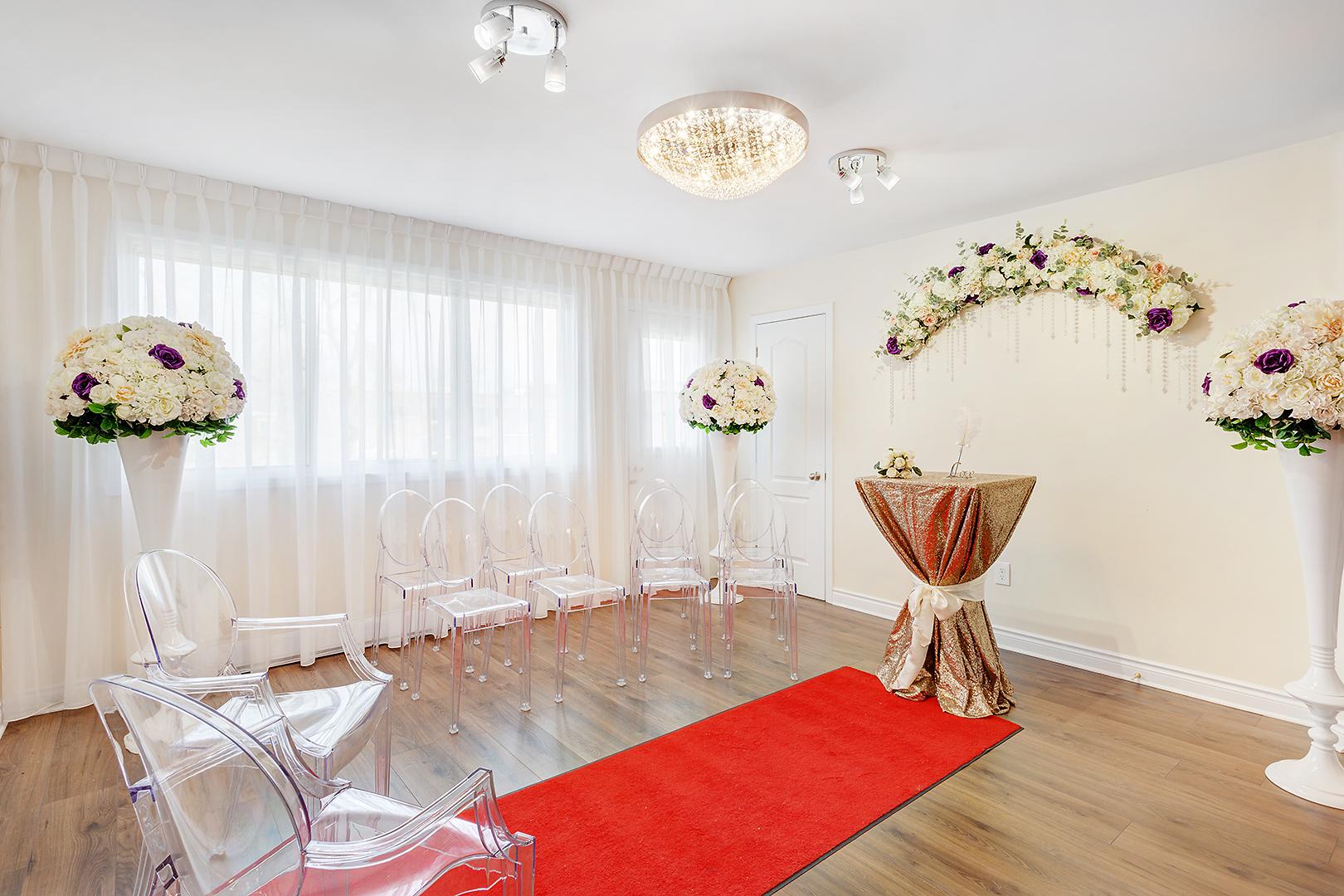 Notaire Montréal Laval Longueuil célébrant de mariage civil contrat de mariage salle de réception mariage pour cérémonie de célébration de mariage civil montreal-mariage-civil-palais-de-justice.jpg